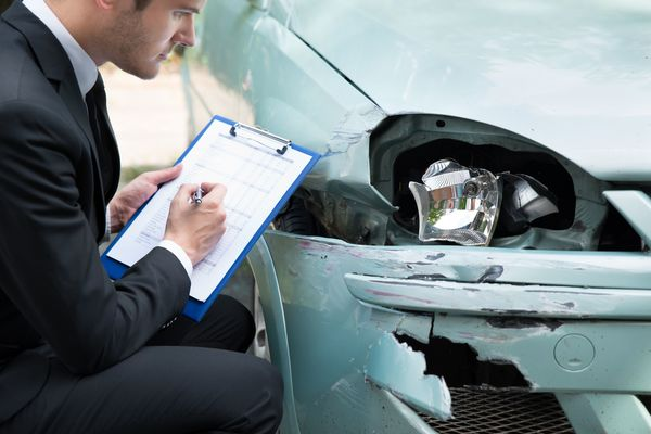 Enhance your Chances of Winning an Auto Accident Claim for a Reasonable Fee