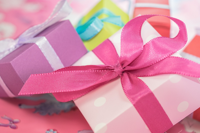 5 Bridesmaid Gifts That Can Spice Up Your Love Life